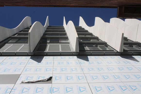 Shoot to frill - Swinburne's AMDC nears completion