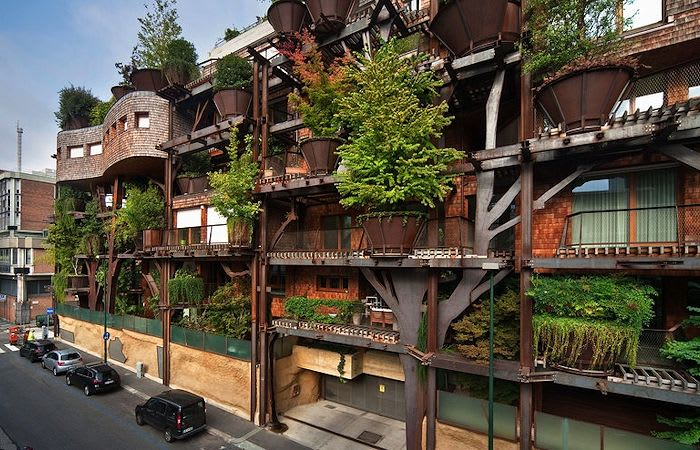 Exploring the merits of a vertical forest: has it a lasting place in Melbourne?