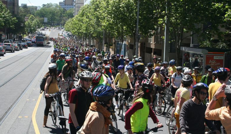 Victoria Police Chief and support for cyclists