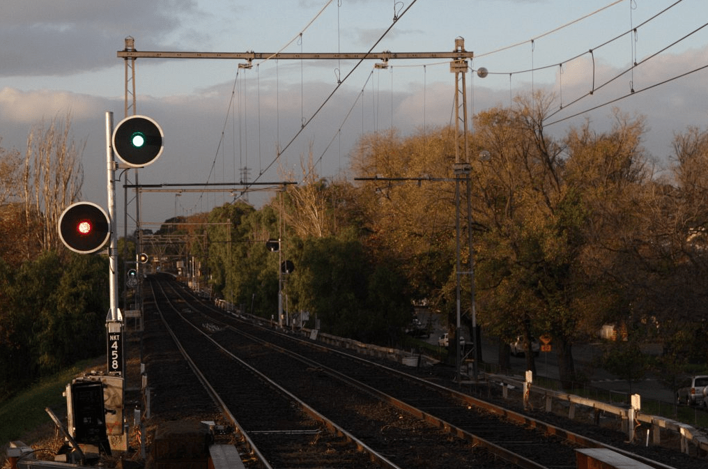 Green over red: 'high capacity signalling' to proceed at normal speed in Melbourne