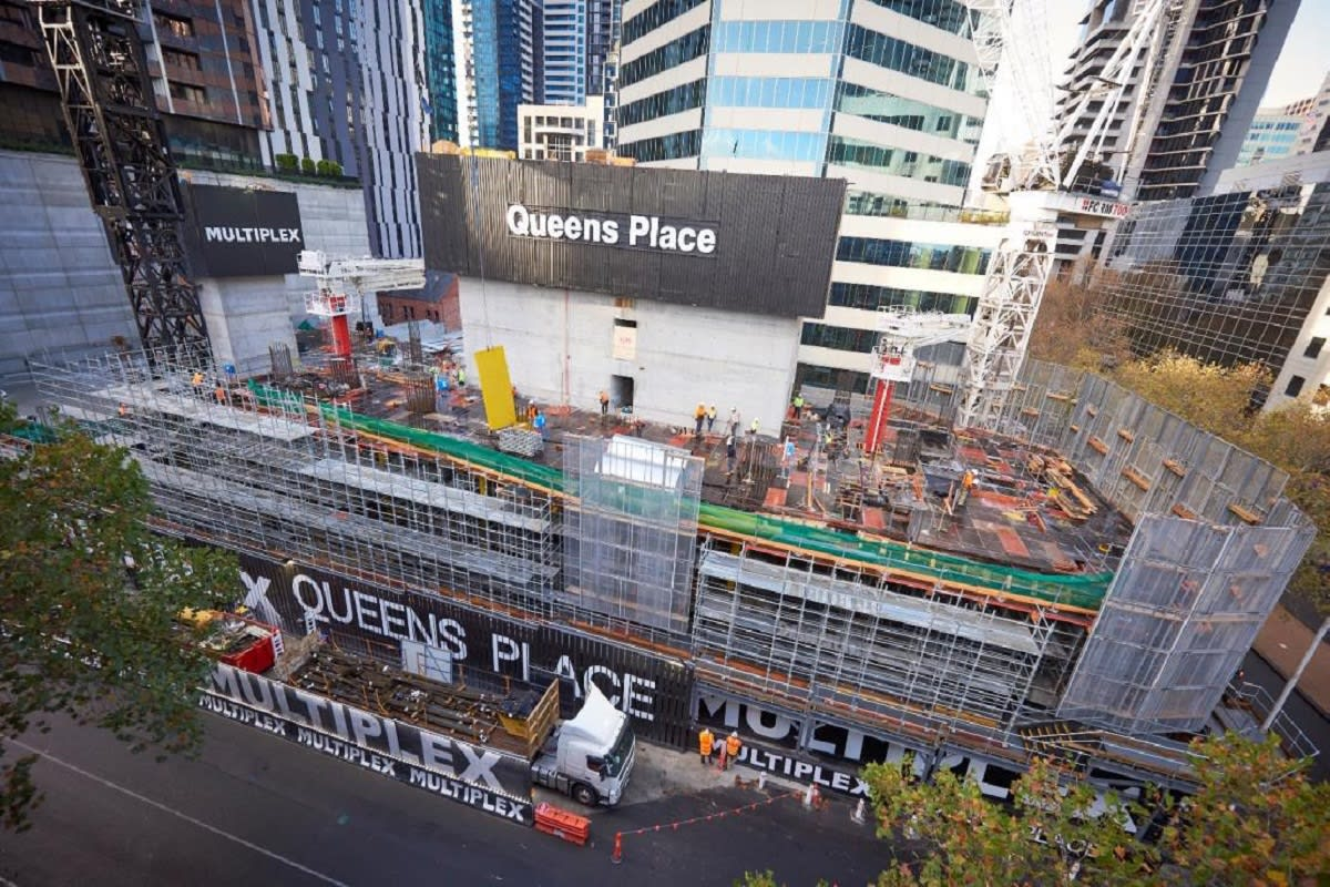 Queens Place core box is now above street level, late May 2019. Image by Queensplacemelbourne.com