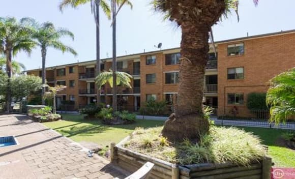 Coffs Harbour residential units peaking on HTW property clock