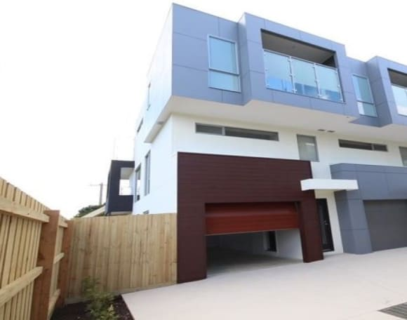 Carrum ranked second best price growth suburb for units in Melbourne in 2016