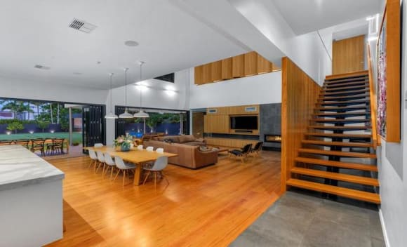 Hendra architect-designed house sold for .15 million