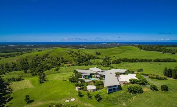 Prized Byron Bay house, Horizons, listed for .25 million