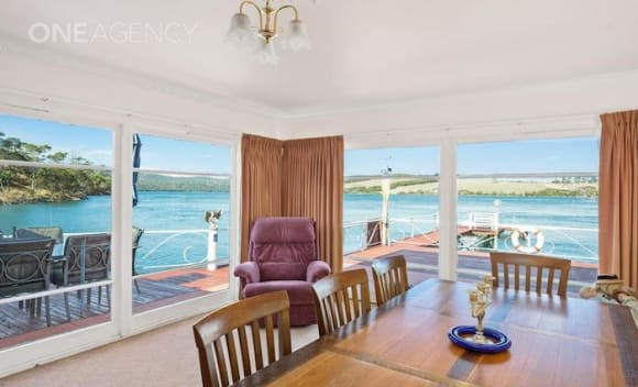 Riverfront Rowella house listed for 0,000 plus
