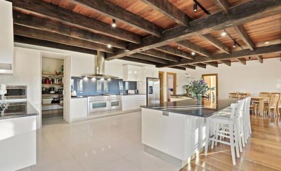 Six bedroom Arcadia house, Berrilee Ridge, listed for sale