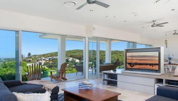 Cloudbreak at Sunshine Beach listed for .75 million