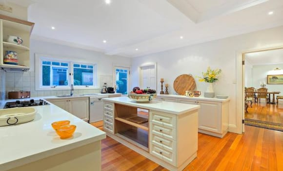 Six bedroom Chatswood home sold for .635 million