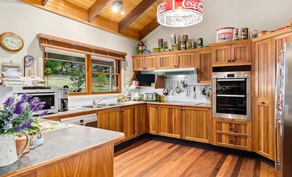 Bill 'Mr Movies' Collins lists Berry home
