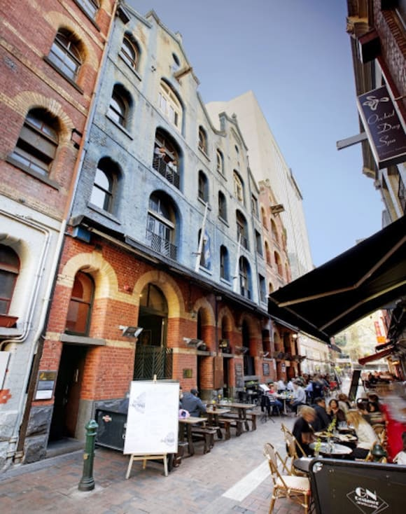 High-end tattoo parlour takes lease in Melbourne CBD