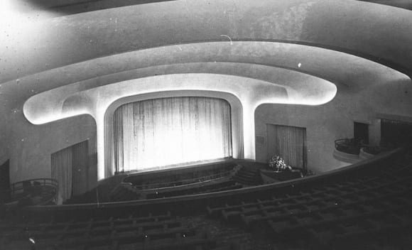 George Miller sells art deco Metro theatre in Potts Point to Abacus