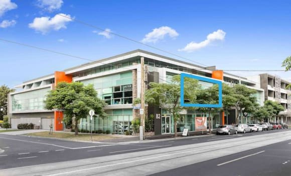 Essendon North commercial investment sells for 0,000