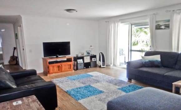 Surfers Paradise apartment accepting Bitcoin payment