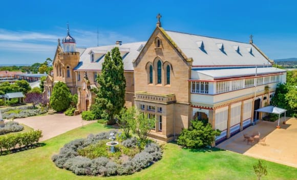 The Abbey of Roses Warwick for sale