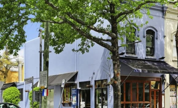 Queen Street coffee shop premises sold for ,125,000