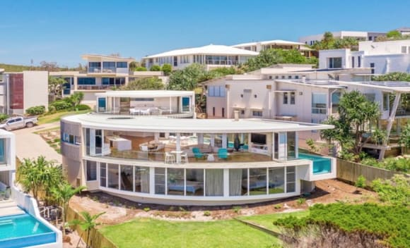 Chris Clout designed Castaways Beach home listed