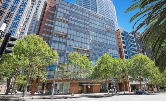 Sydney Macquarie Street apartment listed for sale