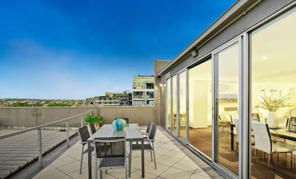 Richmond two-level apartment for sale at <img src=