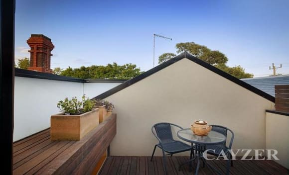 Former Melbourne Business School Dean sells in Middle Park