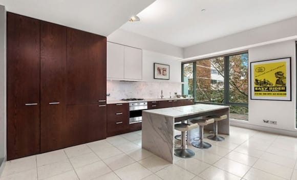 Ray White number one agent Gavin Rubinstein splashes out in Potts Point