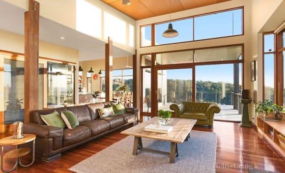 Crumpler founders lists Buninyong home
