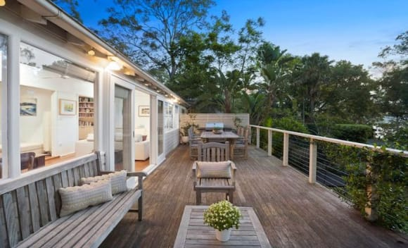 Best-selling author Sarah Turnbull quickly sells Avalon home