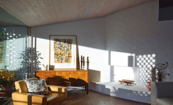Ken Woolley's award-winning Paddington home sells to Tim Casey