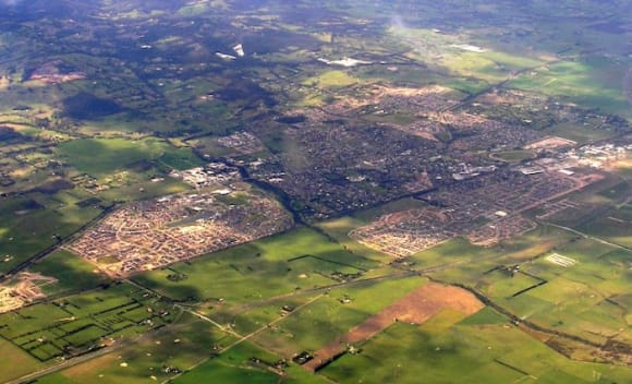 More regional Victoria areas seeing over five percent yearly gains: Hotspotting's Terry Ryder