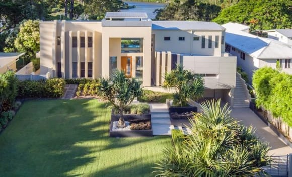 Award-winning riverfront house in Corinda sold for .1 million