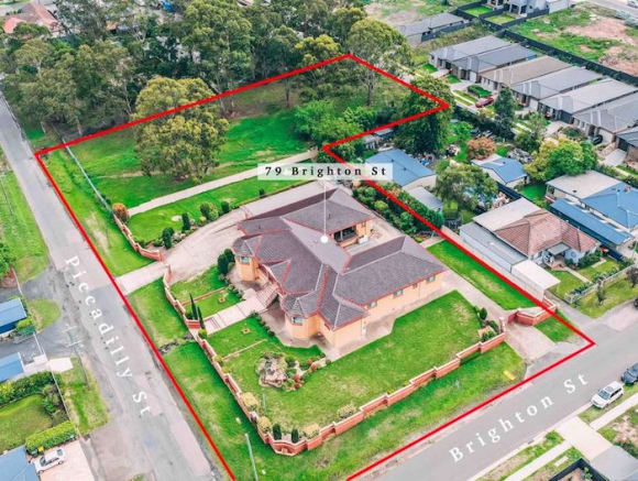 Grand residence in Riverstone sold for .65 million