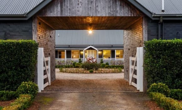 Celebrity hair stylist Joh Bailey gets quick Southern Highlands sale