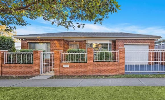 Strathfield South mortgagee double block sells for <img src=