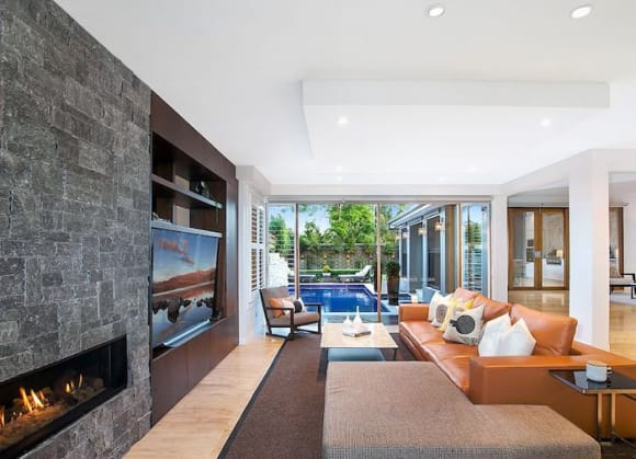 Luxury Hunters Hill trophy home sold for .6 million