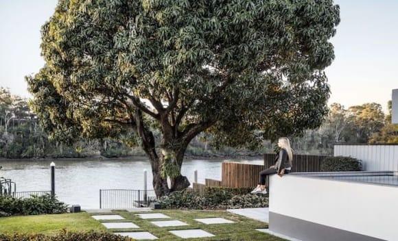 Susie O'Neill lists Yeronga riverfront trophy home