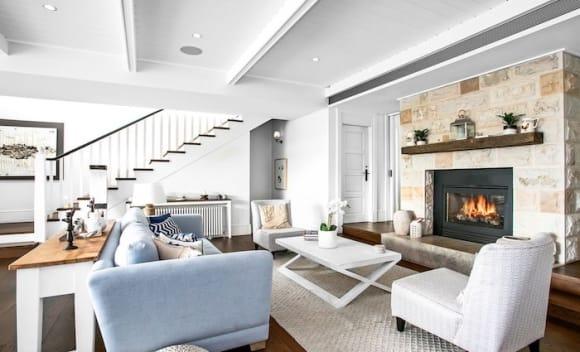 Walter Barda-designed Pavillion House, Thompson Street Tamarama sold