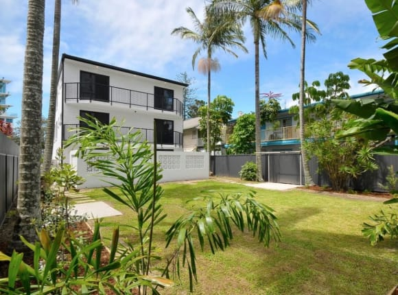Surf legend Mick Fanning lists Coolangatta apartment block