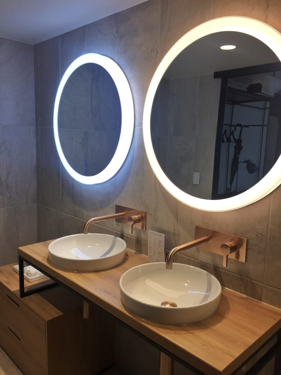 Glowing mirrors