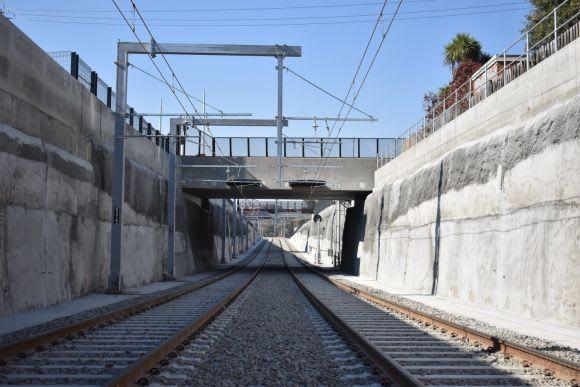 Rosanna station and the Hurstbridge line re-open