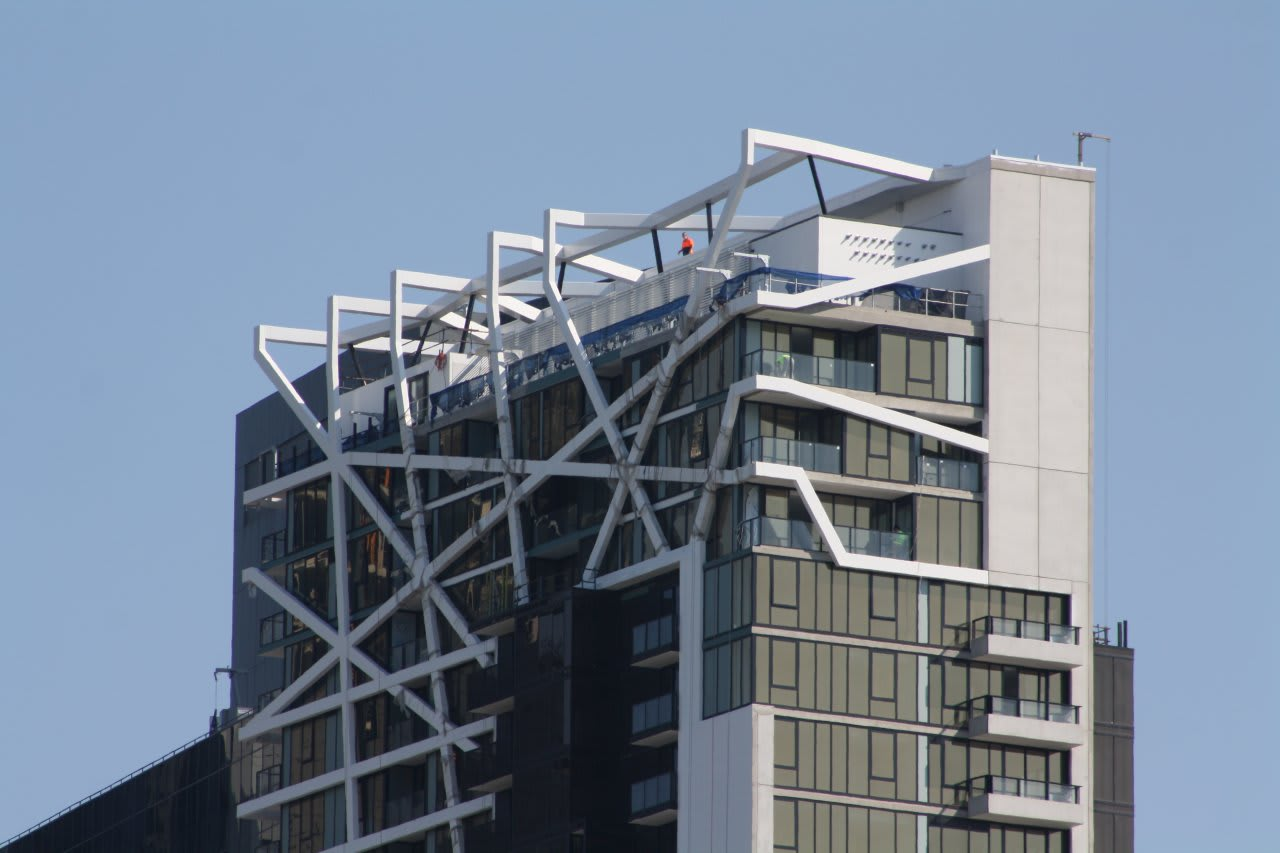SOUTHBANK | Wrap Apartments | 133-139 City Road | 41L | 130m | Residential