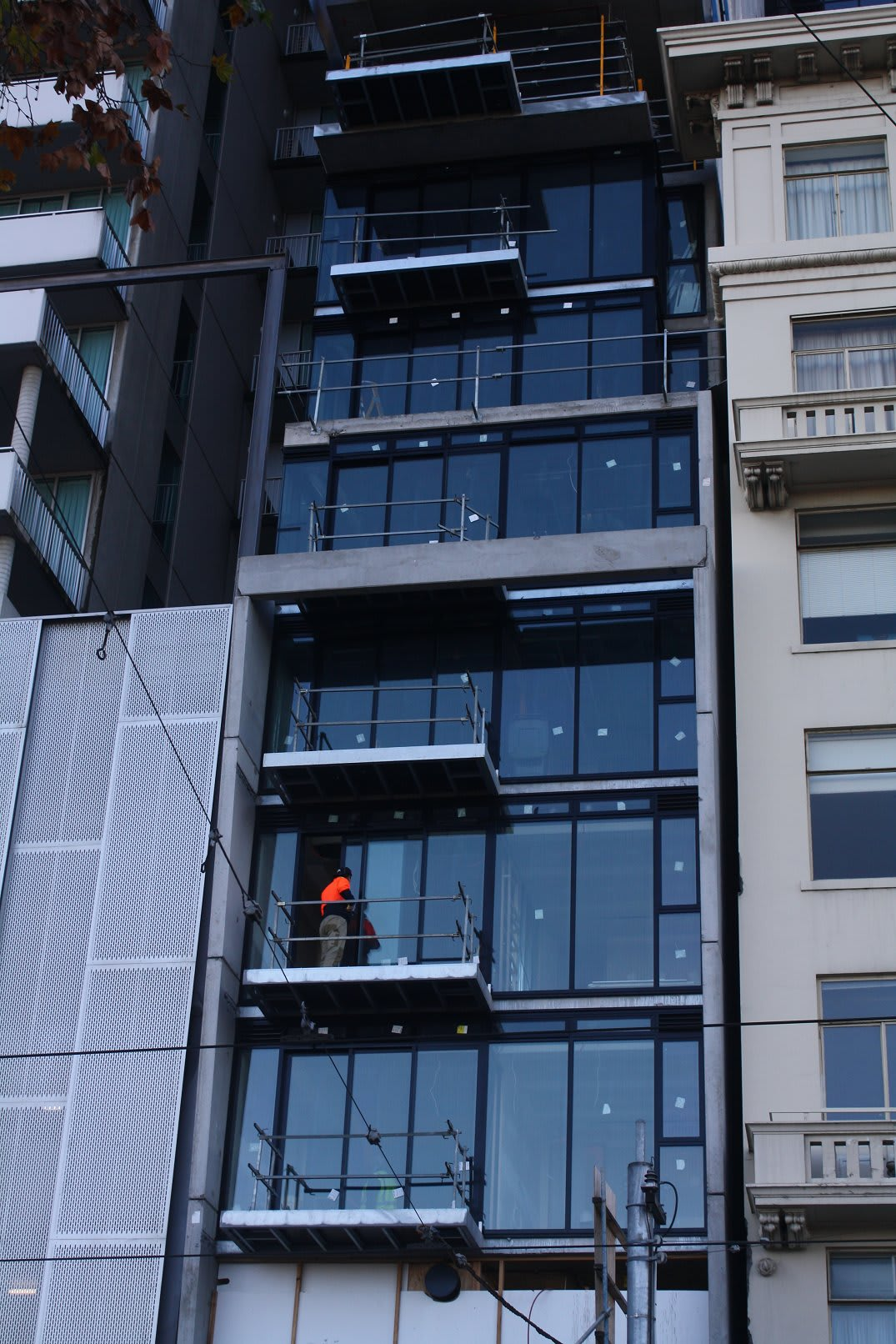 CBD | Phoenix Apartments | 82 Flinders Street | 88.5m | 28L | Residential