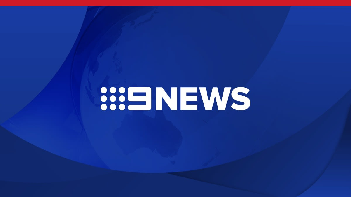 Fremantle footpath fight rages on in court - 9News