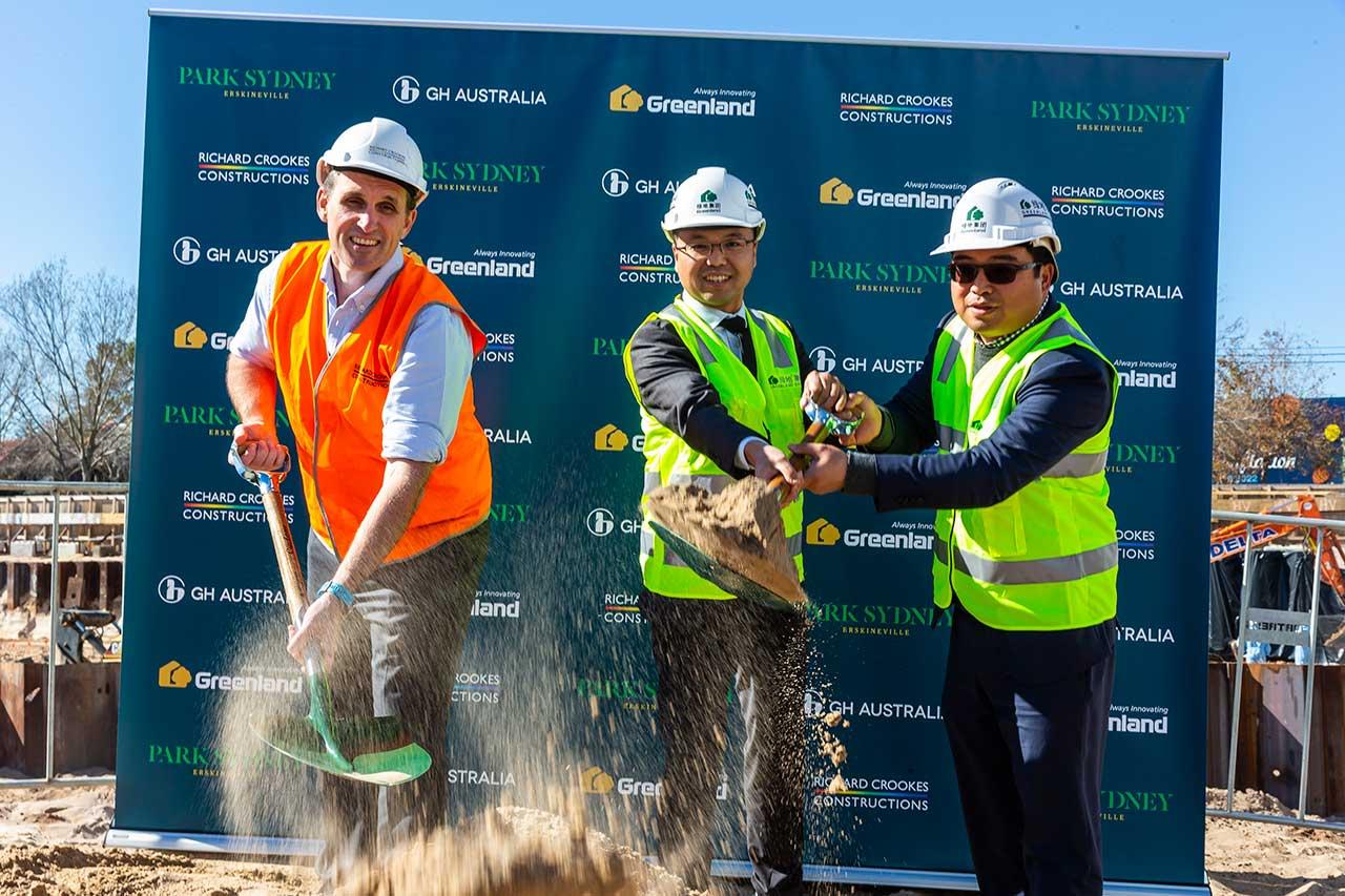 Richard Crookes to Build Park Sydney