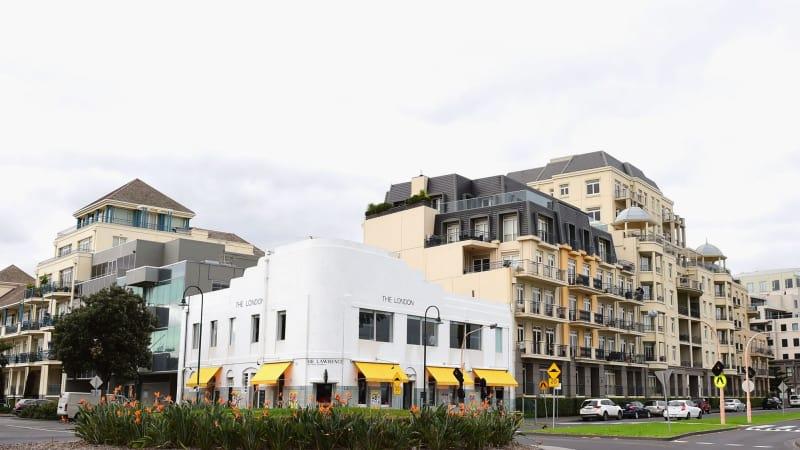 Port Melbourne's London Hotel doomed despite developer knock-back
