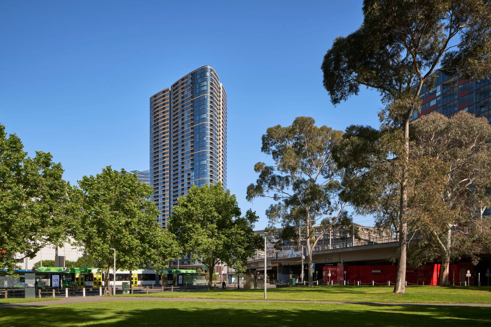 5 reasons to buy a stunning new apartment at Melbourne Quarter