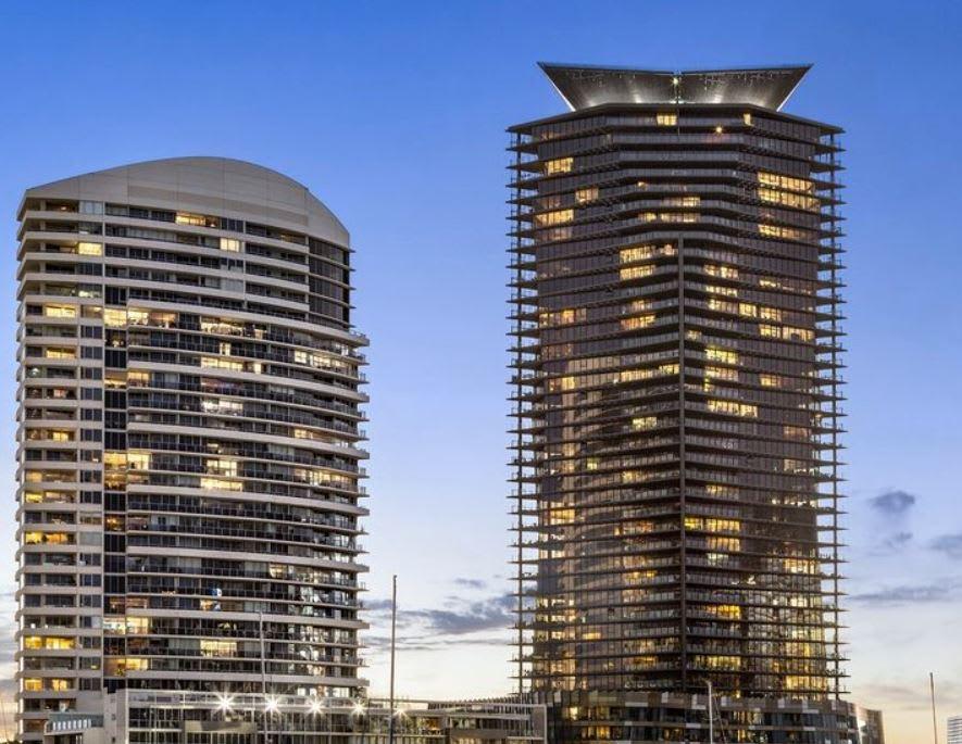 Yarra's Edge, Docklands trophy apartment sold for $1.75 million