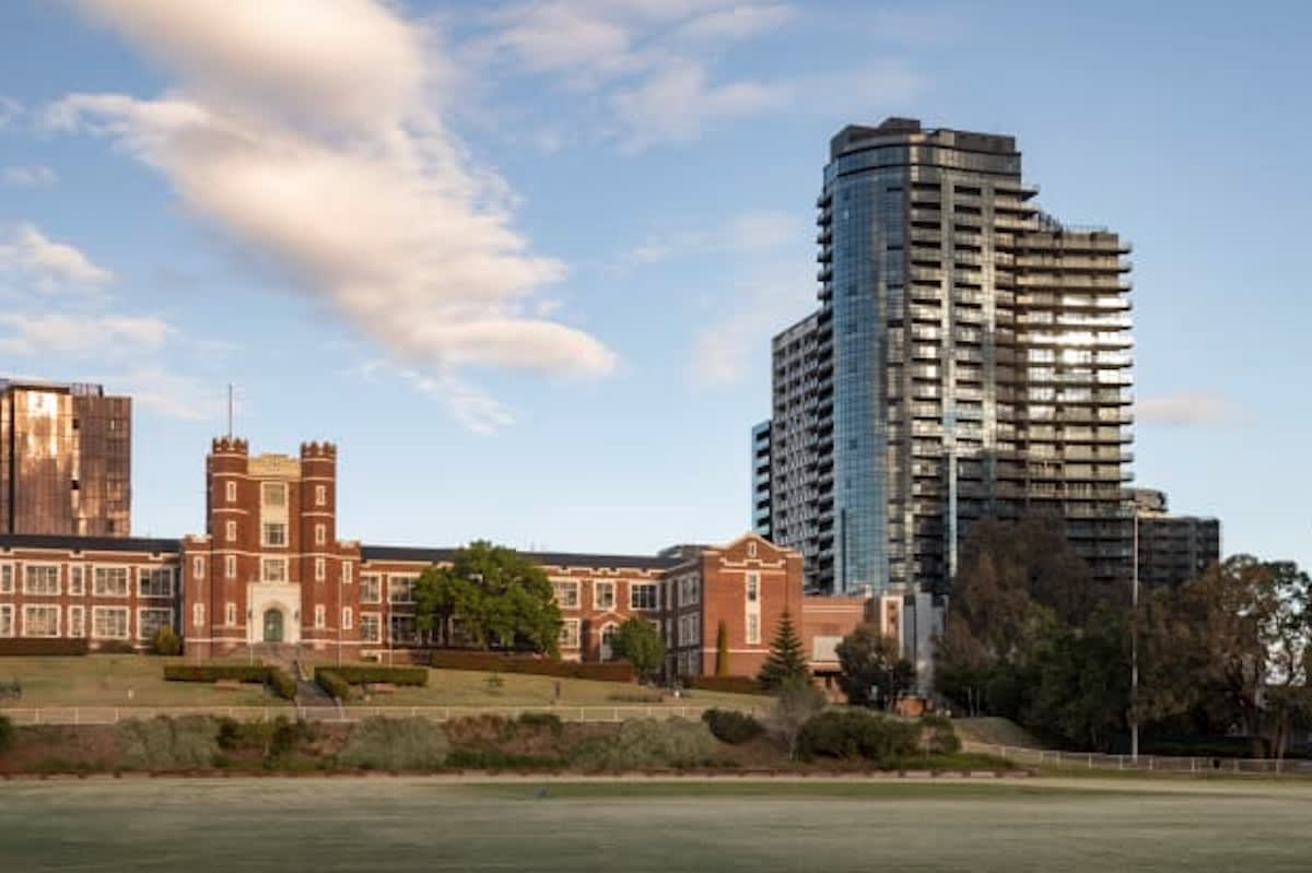 Why downsizers are buying apartments in South Yarra's 661 Chapel Street