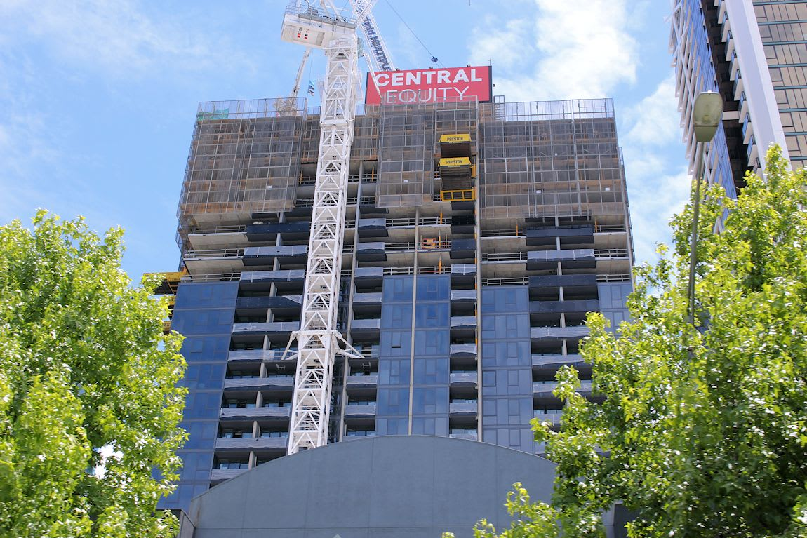 SOUTHBANK | 141-155 City Rd | Southbank Grand | 43L | Residential