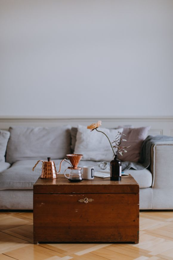 How to photograph your apartment for Airbnb (9 simple tips)