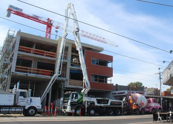 Finger on the pulse: Metropolitan Melbourne Crane Count March 2017